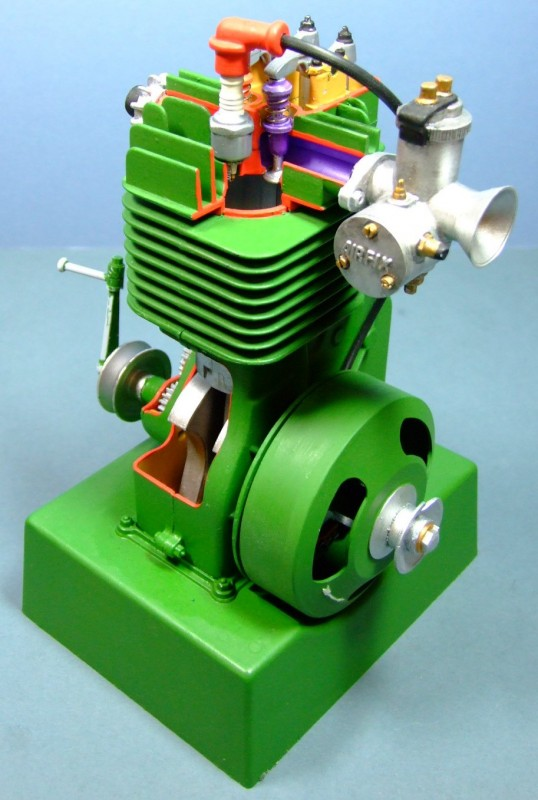 Airfix Four-stroke Engine