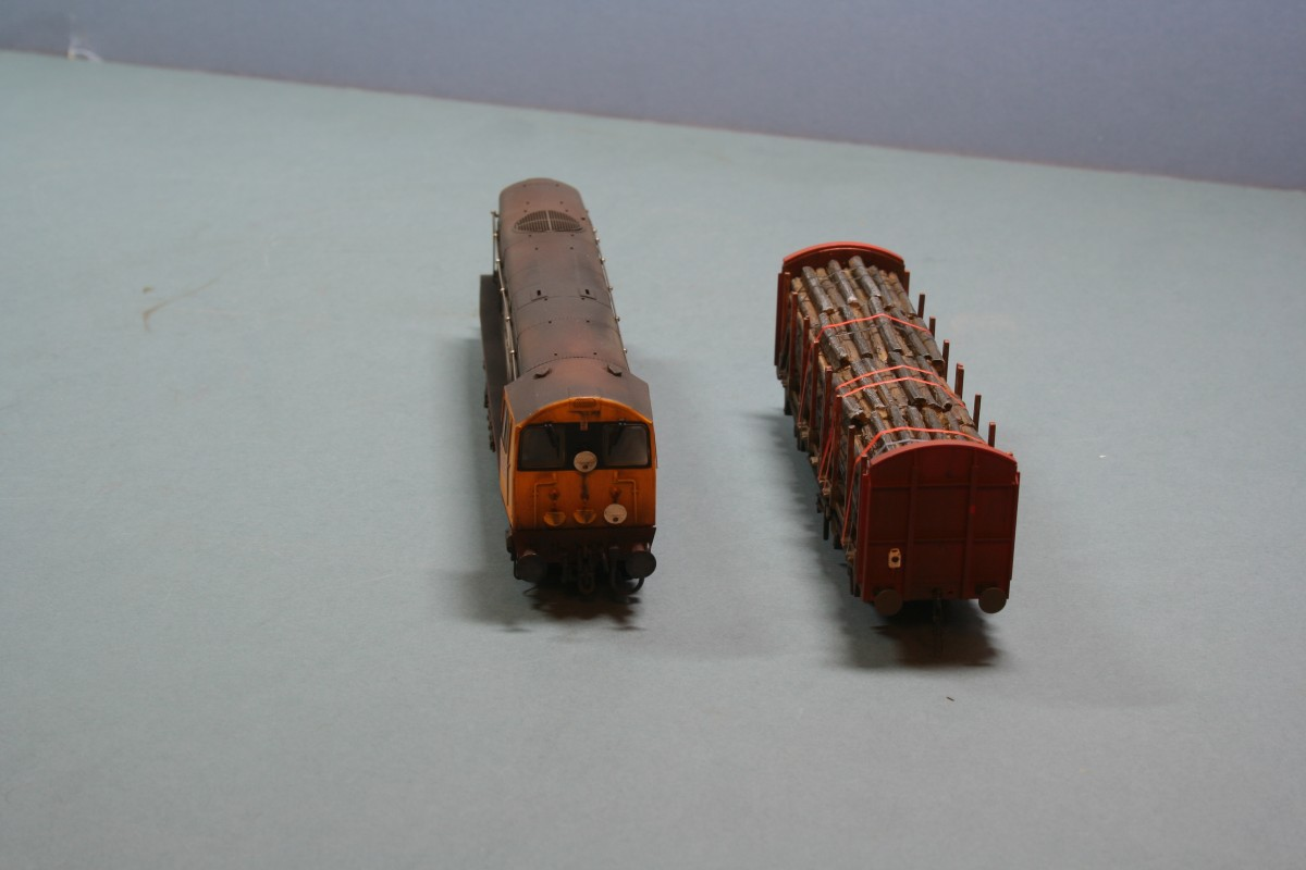 Class 20 & OTA timber wagons weathering