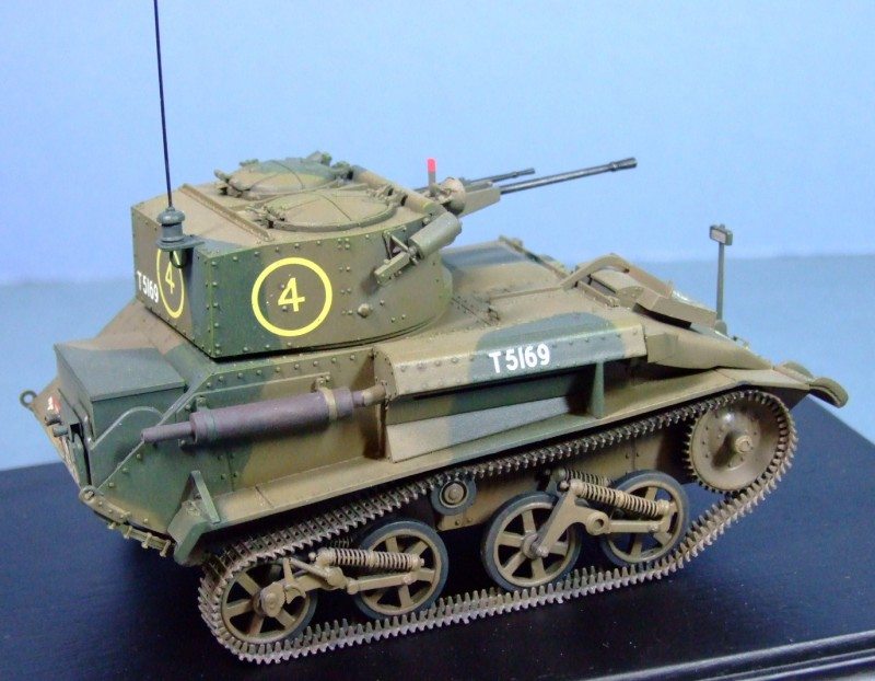 Vickers Light Tank Mk. Vic, 1:35