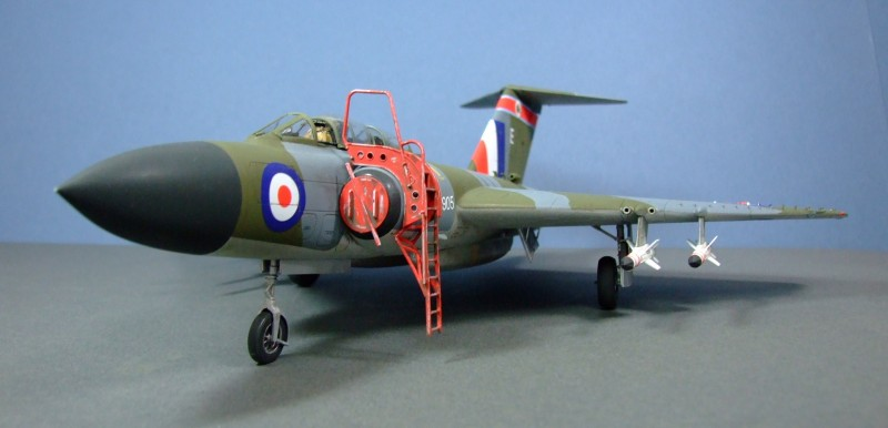 Javelin FAW9, 1:48, 5 Sqn mid-60s