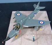 Hawker Hunter T8M, 1:72