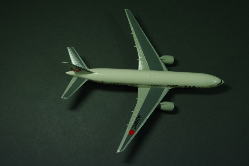 Boeing 777-246 JAL 1995 1:300